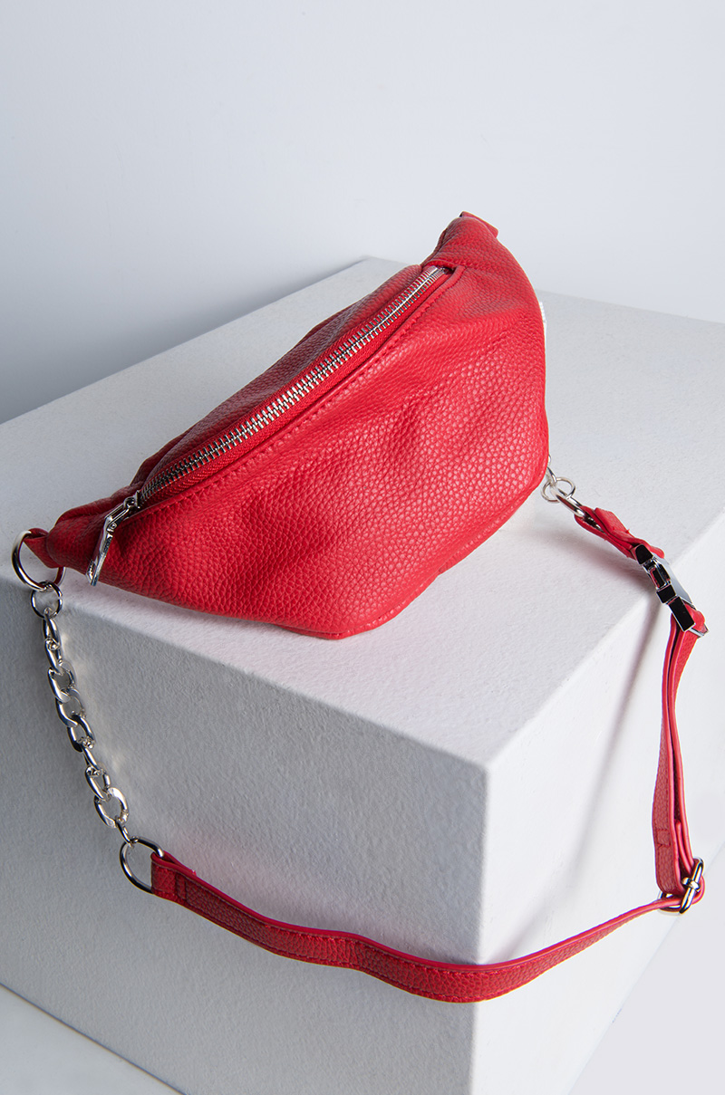 3005 chain fanny pack red 2