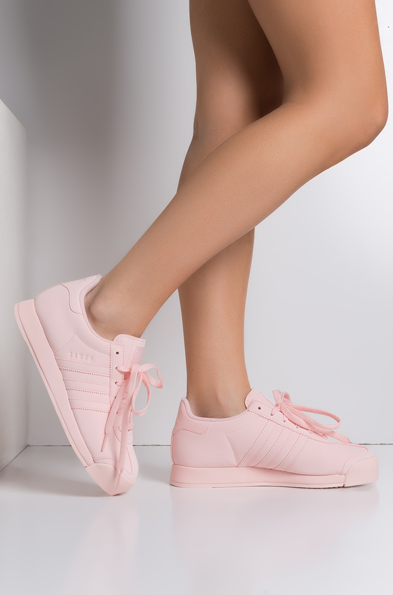 finest selection bf238 63ecf adidas Women s Samoa Leather Sneaker in Pink Pink White
