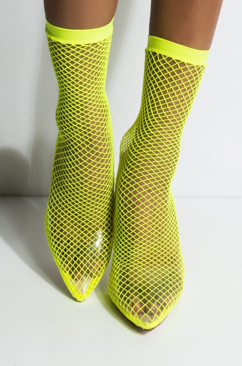 Azalea wang fishing for compliments sexy fishnet pump neon green 1
