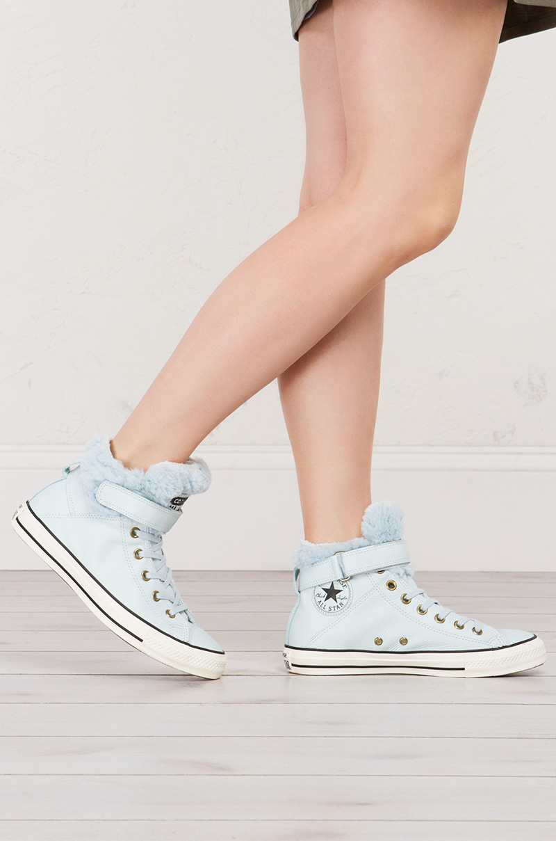 41be2a613339 Hi Top light Blue Converse