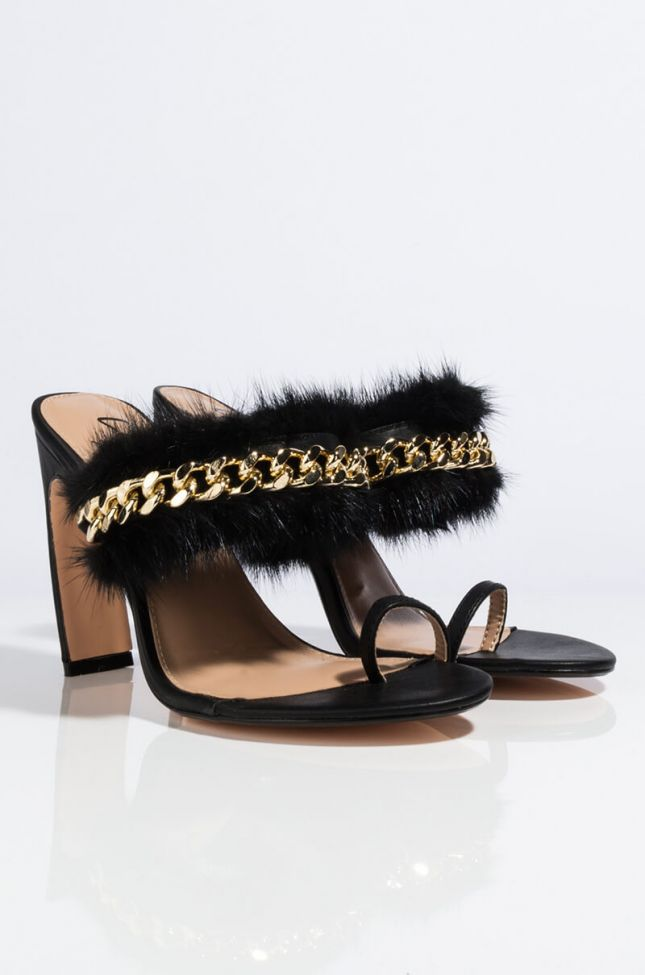 Detail View Ace The Test Chunky Heeled Feather Sandal in Black