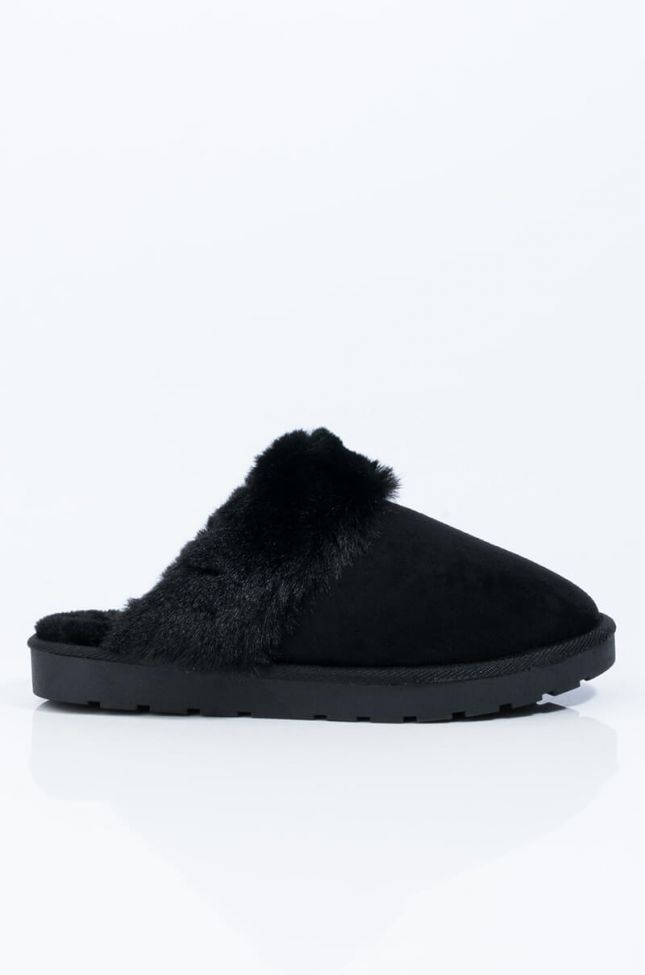 Back View Always Comin Back Slip On Sandal in Black