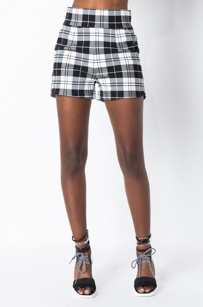 Front View Ammo X Akira Big Booty Plaid Shorts in Black White