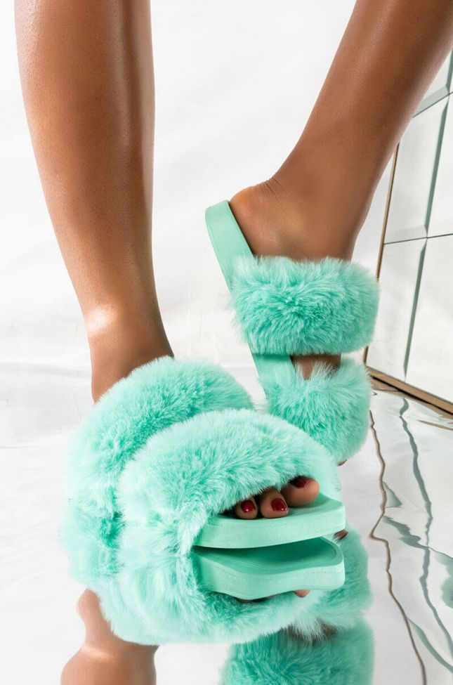 Front View Azalea Wang All Snuggled Up Flat Sandal In Mint in Mint