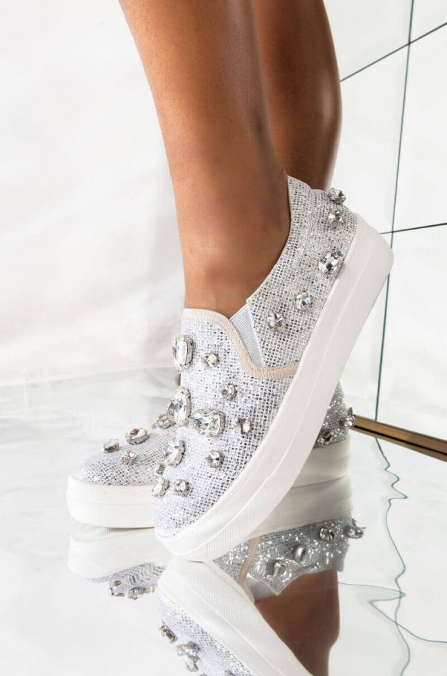 Front View Azalea Wang Always In A Mood Flat Sneaker In Silver in Silver