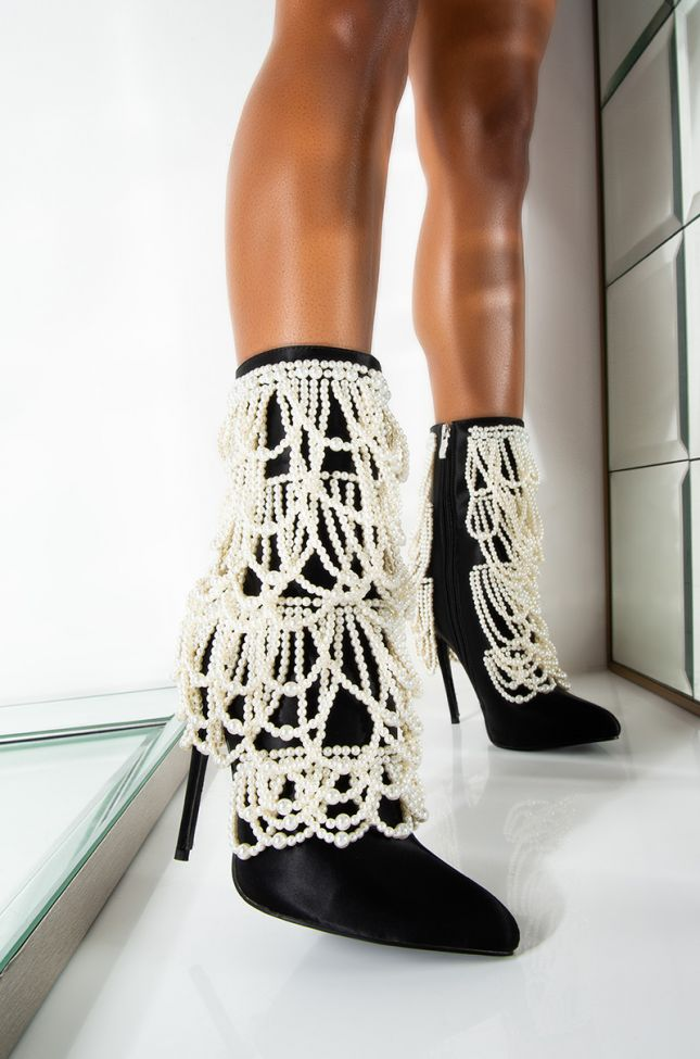 AZALEA WANG CANT GET ENOUGH DRIP STILETTO BOOTIE IN BLACK