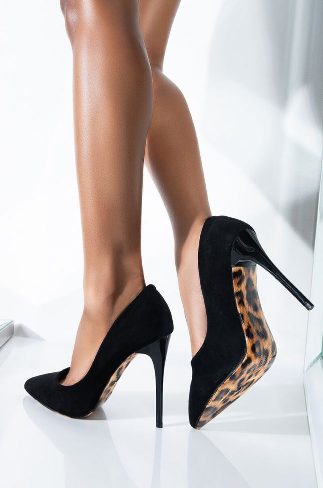Front View Azalea Wang Classic Gal Stiletto Pump In Black Suede in Black Suede
