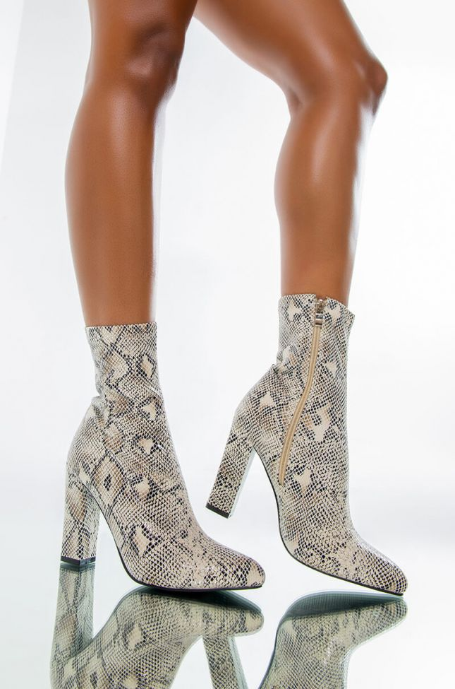 Front View Azalea Wang Dazed By Your Smile Bootie In White Snake