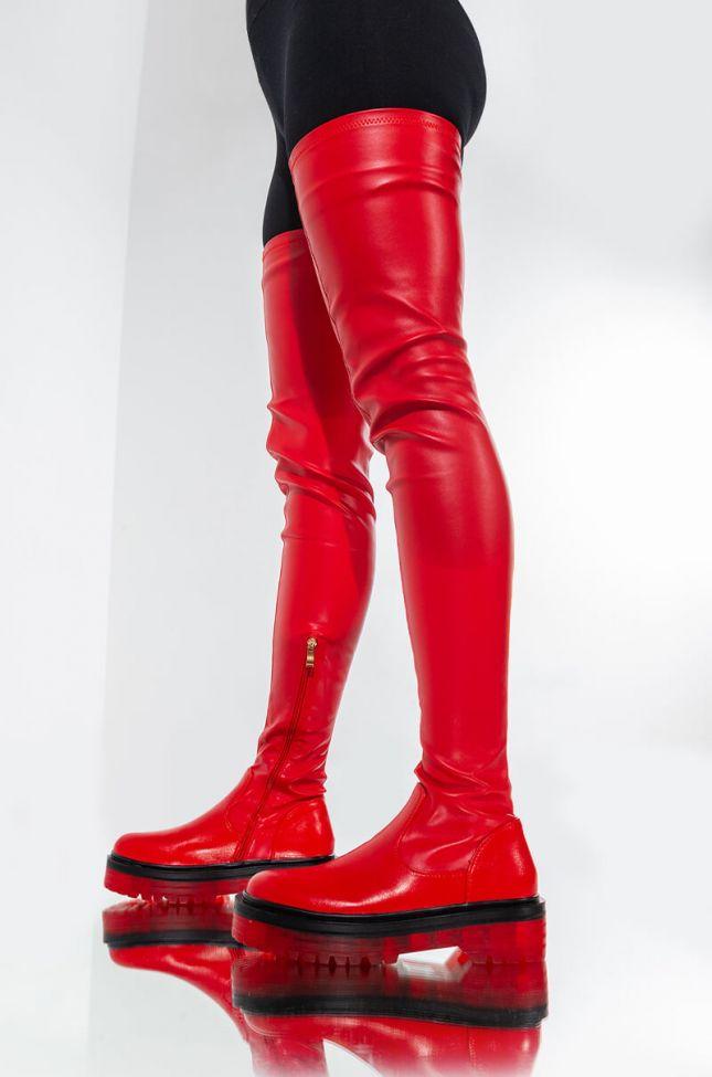 Side View Azalea Wang Do It To Ya Flatform Boot In Red