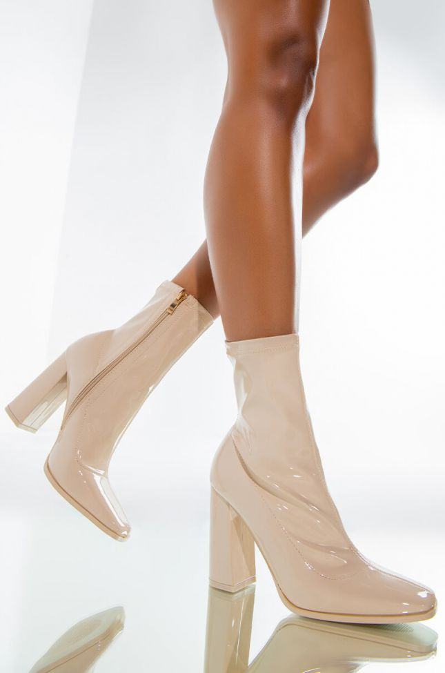 Front View Azalea Wang Do Your Worst Chunky Heel Bootie In Taupe