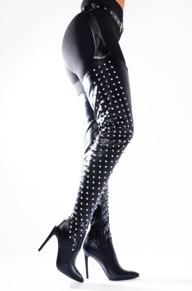 Side View Azalea Wang Dont Blow Up My Phone Stiletto Bootie In Black Pu in Black Pu