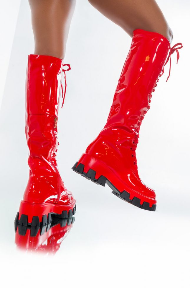 AZALEA WANG EVERYBODY KNOWS IT FLATFORM BOOT IN RED