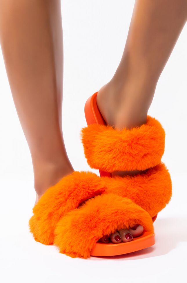 Back View Azalea Wang Gimme Some Love Flat Sandal In Orange in Orange
