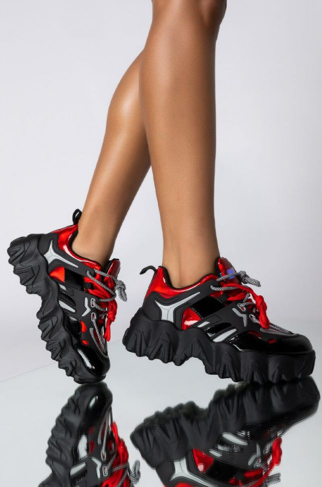 Front View Azalea Wang High On You Flatform Sneaker In Red in Red