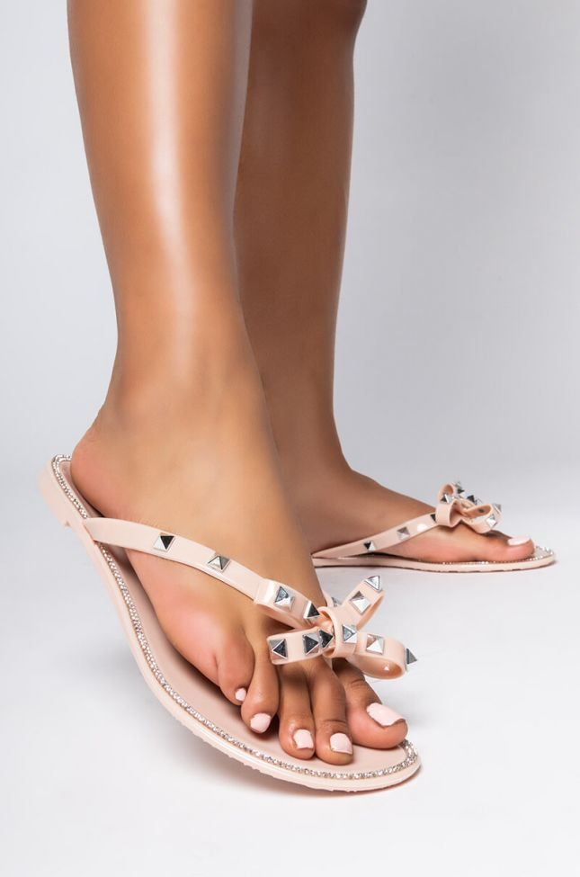 Front View Azalea Wang Hold On Tight Flat Sandal In Nude in Nude
