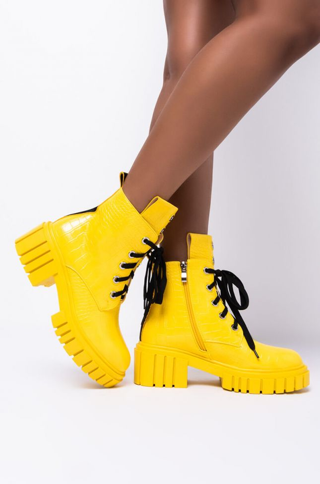 Side View Azalea Wang I Get What I Want Flatform Bootie In Yellow in Yellow