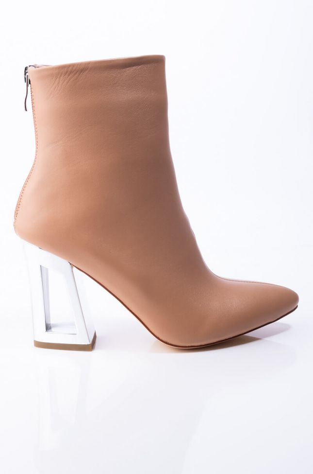 Back View Azalea Wang I Know You Heard About Me Block Heel Bootie In Taupe in Taupe