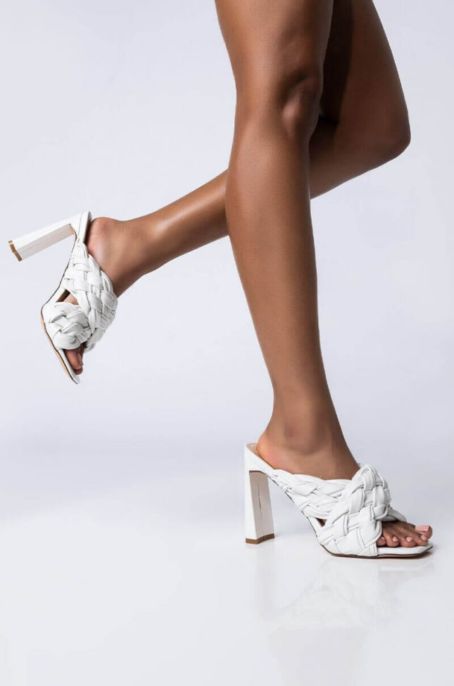Front View Azalea Wang Its All Love Chunky Sandal In White in White