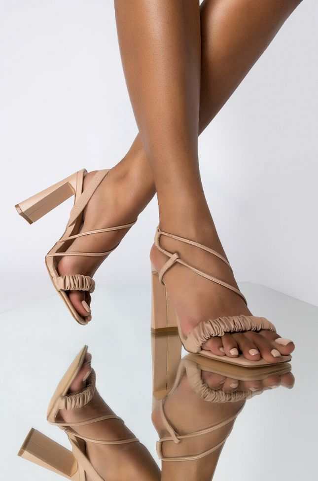 Front View Azalea Wang Just Let Me Adore You Chunky Sandal In Nude in Nude