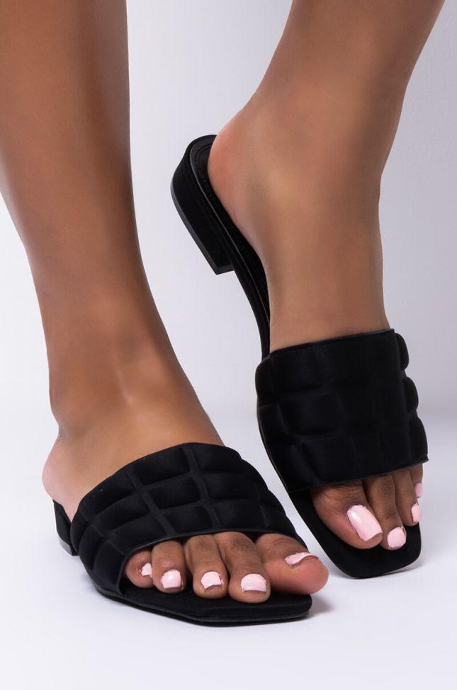 Side View Azalea Wang Layin Low Flat Sandal In Black in Black