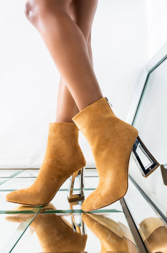 AZALEA WANG LET ME GET A TASTE CHUNKY BOOTIE IN TAUPE