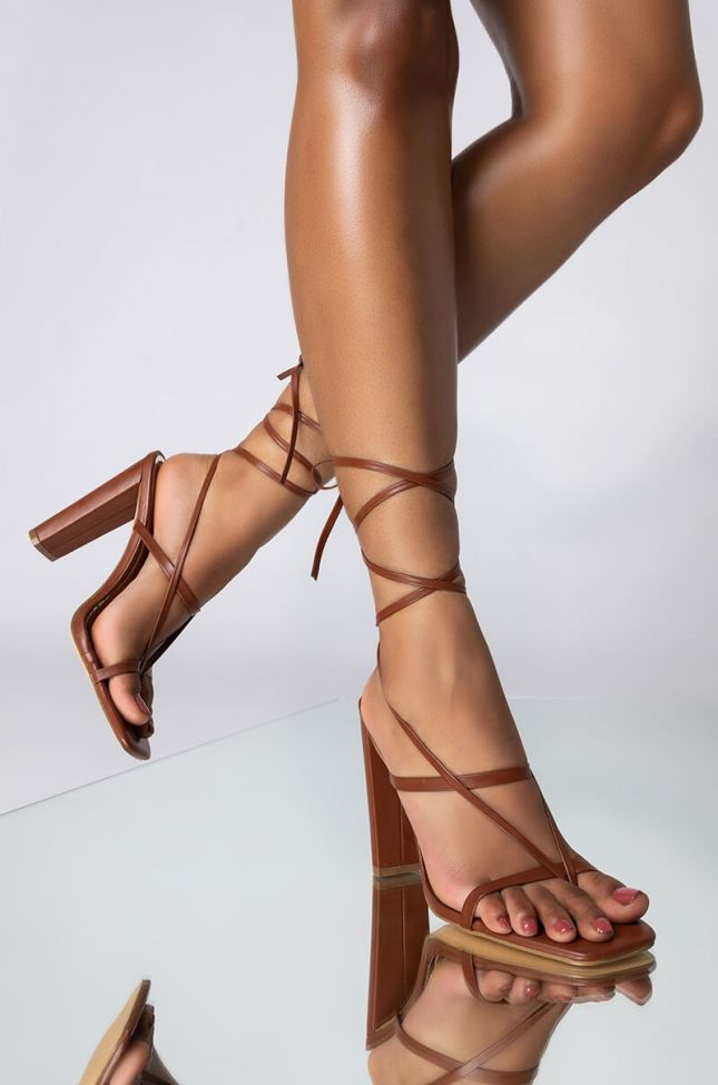 Front View Azalea Wang Lets Get Closer Chunky Sandal In Brown in Brown