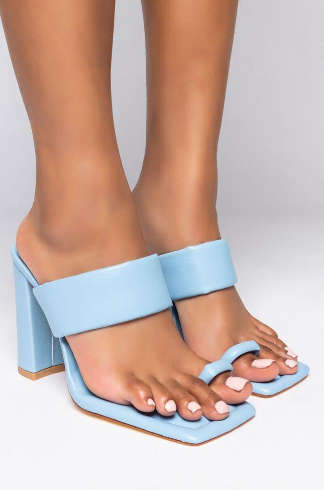 Front View Azalea Wang Lovin You Is Easy Chunky Sandal In Blue in Blue