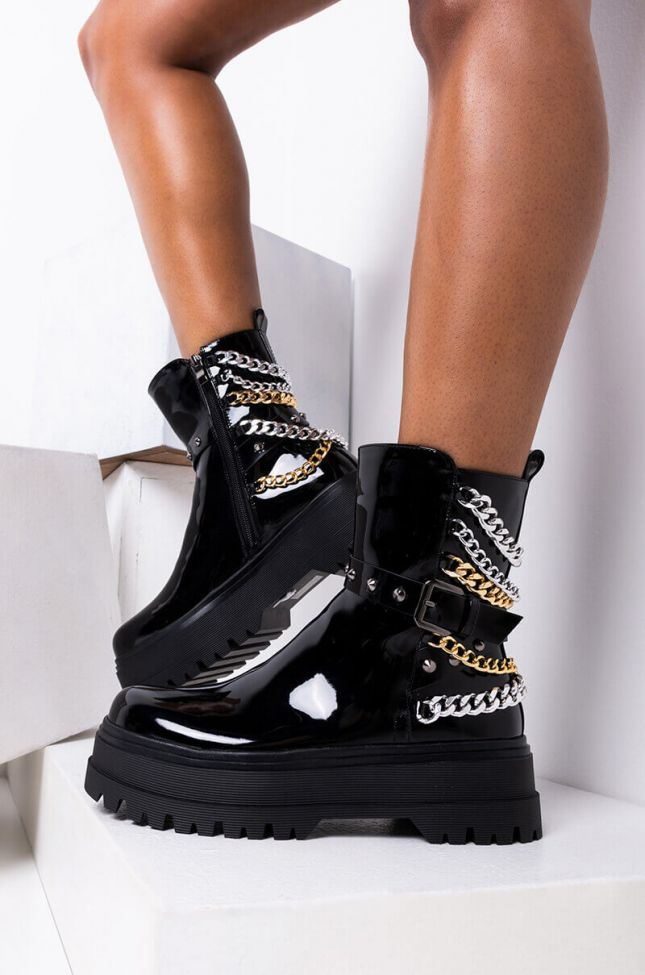 Side View Azalea Wang Need More Chains Bootie In Black in Black