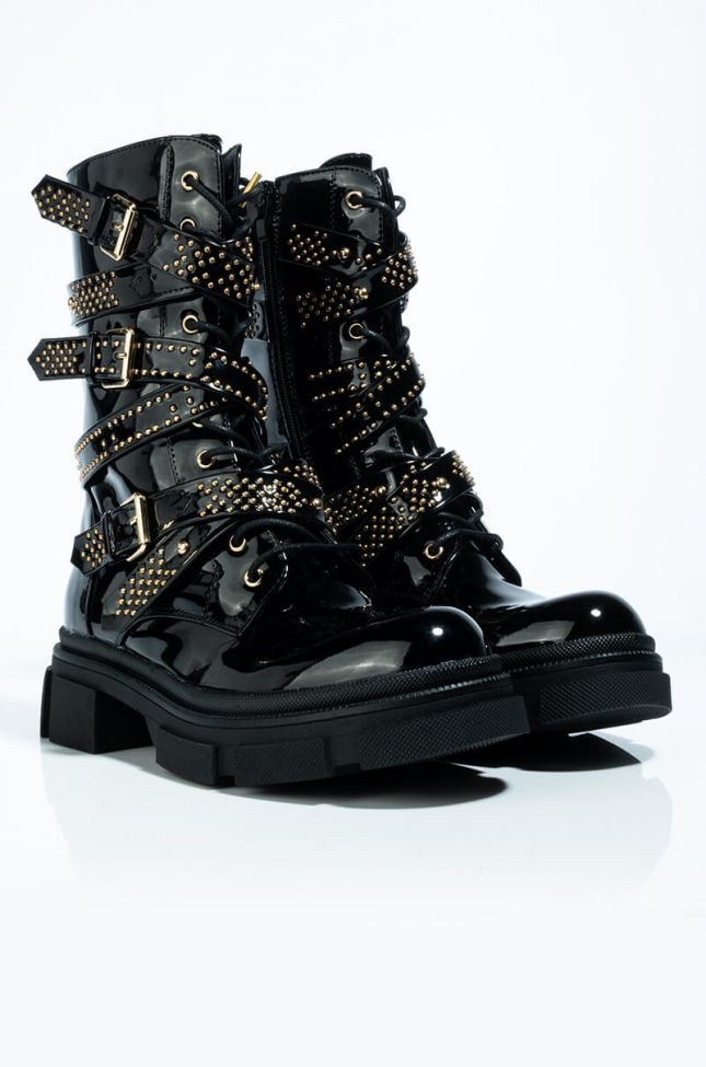 Detail View Azalea Wang One Good Reason To Stay Flat Bootie In Black Patent in Black Patent