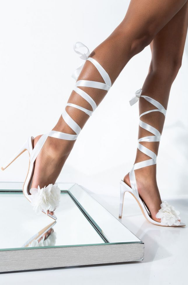 Front View Azalea Wang Passionate Love Sandal In White in White