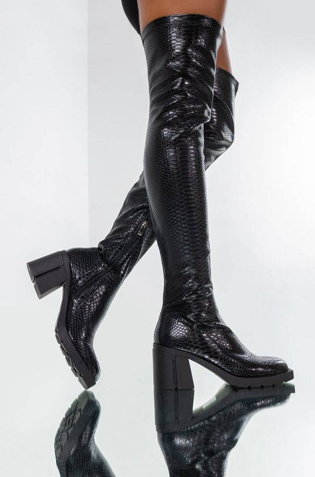 AZALEA WANG SEE ME IN YOUR DREAMS CHUNKY BOOT IN BLACK