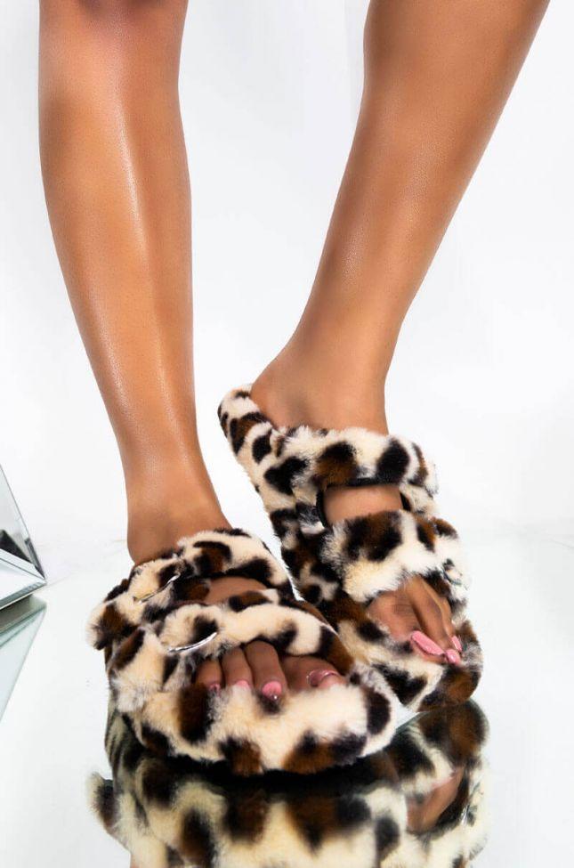 Front View Azalea Wang Setback Flat Fur Slides In Leopard in Leopard