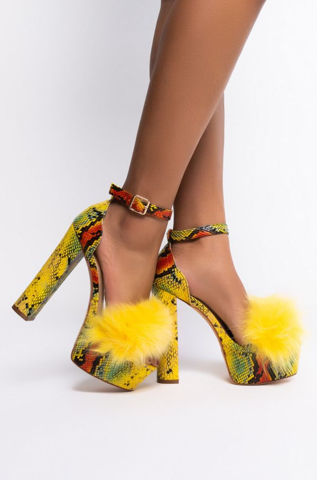 Side View Azalea Wang Single And Ready To Mingle Sandal In Yellow Snake in Yellow