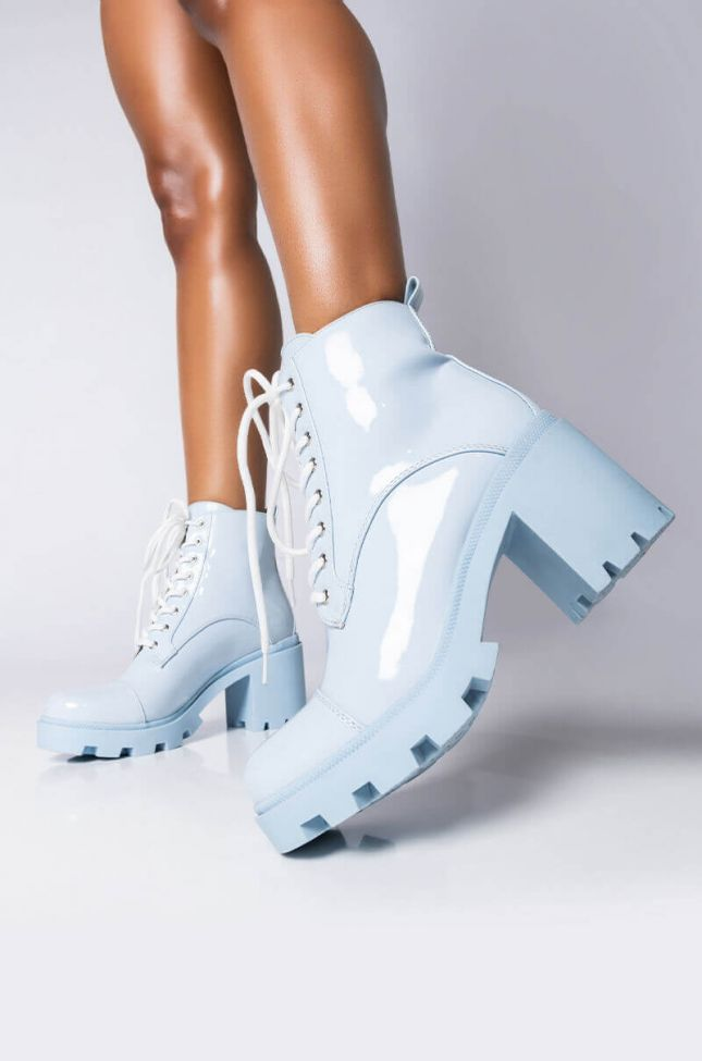 Front View Azalea Wang Sleepless In Nyc Chunky Bootie In Blue in Blue