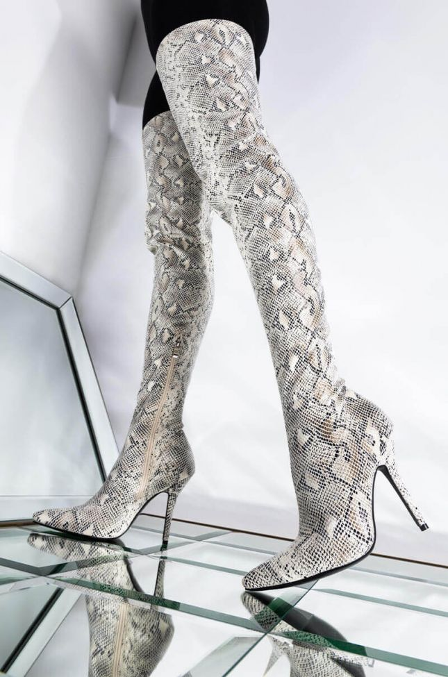 Front View Azalea Wang Snatched Your Soul Stiletto Boot In White in White
