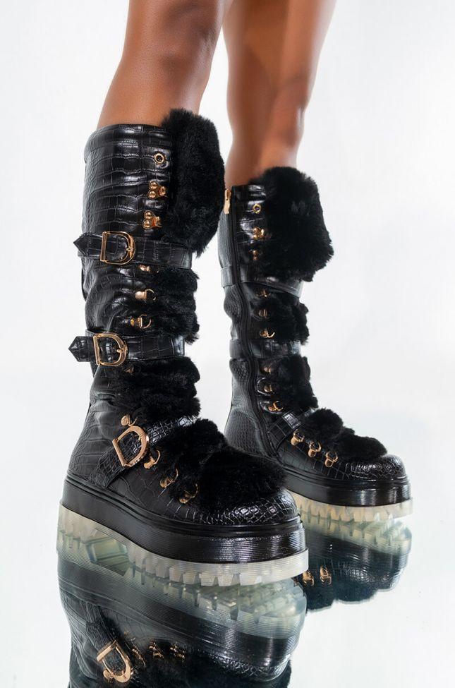AZALEA WANG SNOW DAYS FLATFORM BOOT IN BLACK