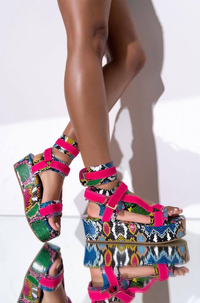 Front View Azalea Wang Take A Step Back Flatform Sandal In Snake in Snake