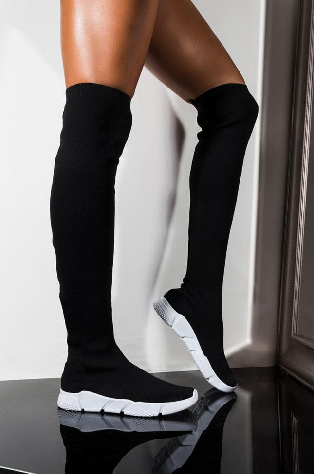 Front View Azalea Wang That Is The Fun Of Me Flat Sneaker Boot in Black