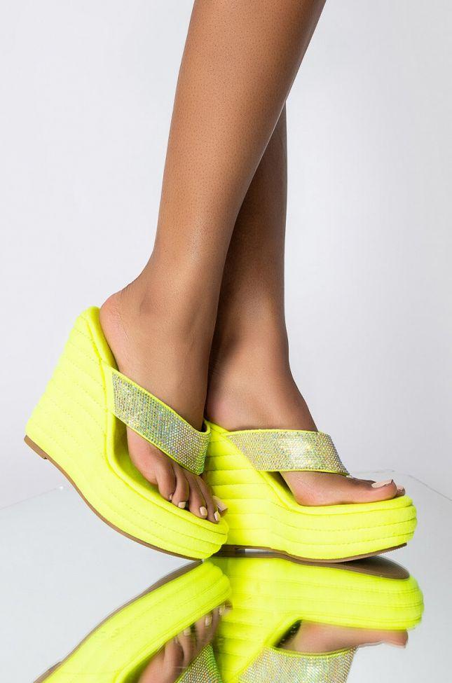 Front View Azalea Wang Walking On A Dream Wedge Sandal In Neon Lime in Neon Lime