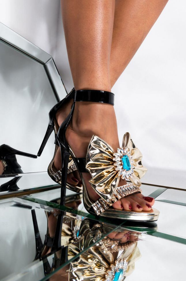 Front View Azalea Wang We Look Better In Gold Stiletto Sandal In Gold in Gold