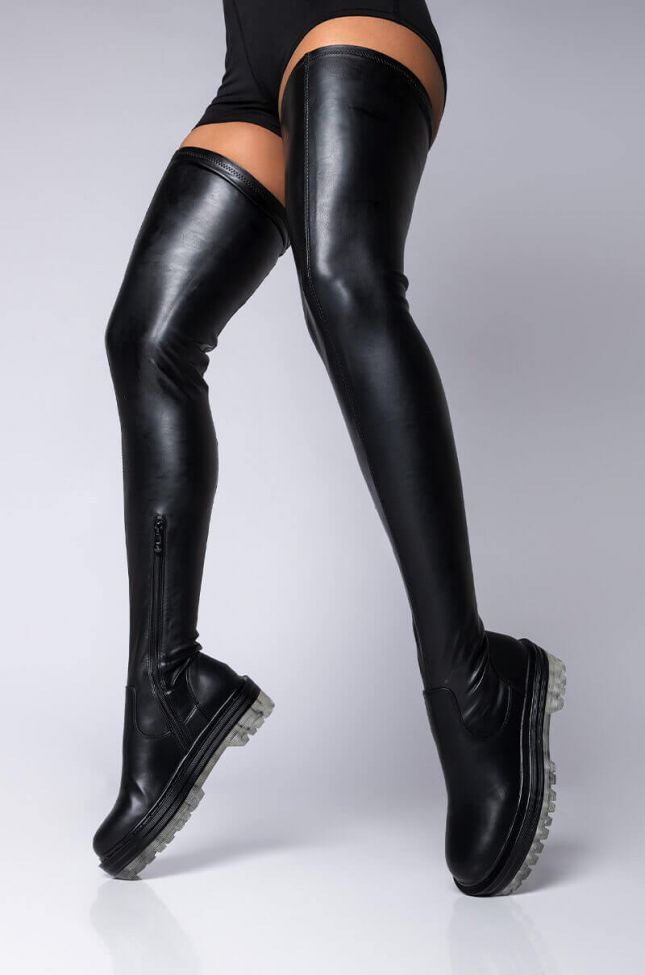Front View Azalea Wang Wont Let You Down Flatform Boot In Clear in Clear