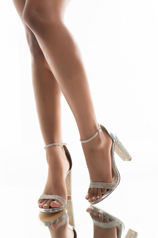 Front View Azalea Wang You Snooze You Lose Chunky Heel Sandal In Silver