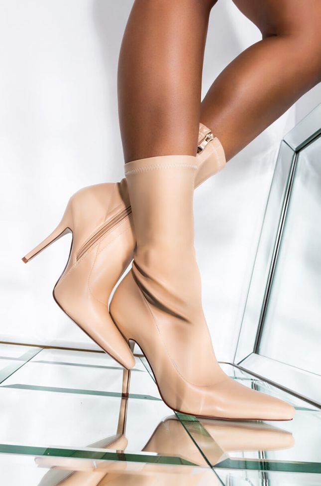 Front View Azalea Wang Youre In The Mood For A Dance Bootie In Nude Pu in Nude