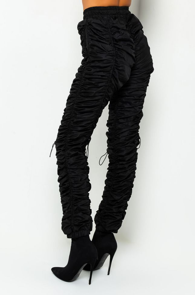 Side View Big Stepper Ruched Drawstring Pants in Black
