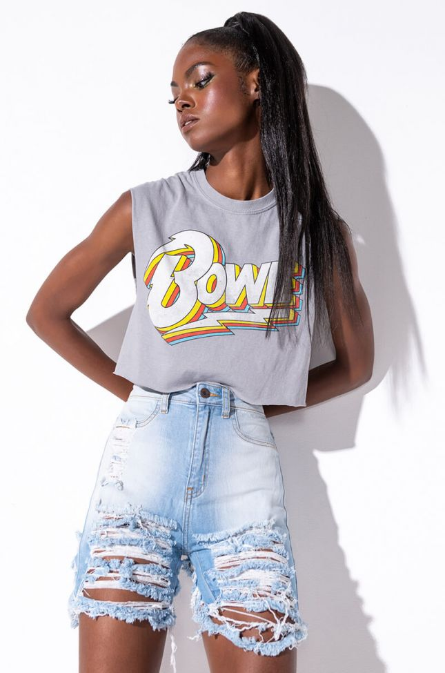Front View Bowie Crop Graphic T in Grey