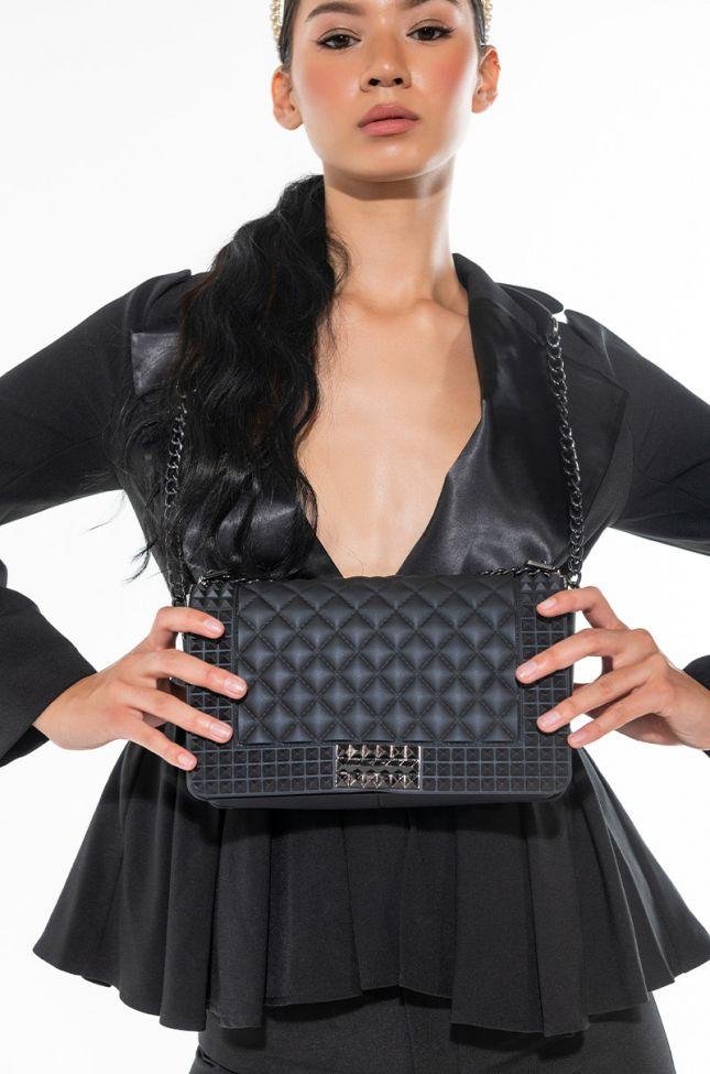 Front View Classic Quilted Rubber Purse