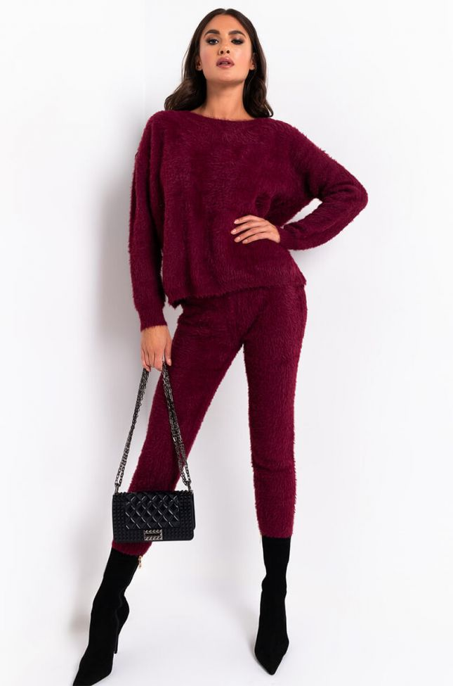 Full View Crazy Comfy Cool Fuzzy Casual Jogger in Burgundy