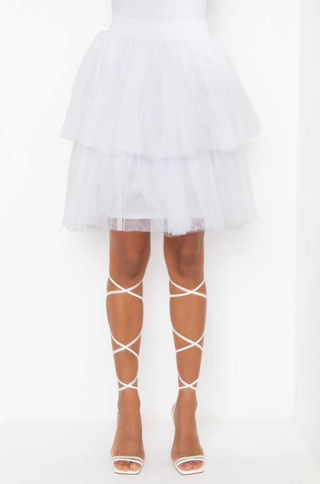 Front View Dulce Tulle Mini Fashion Skirt in White
