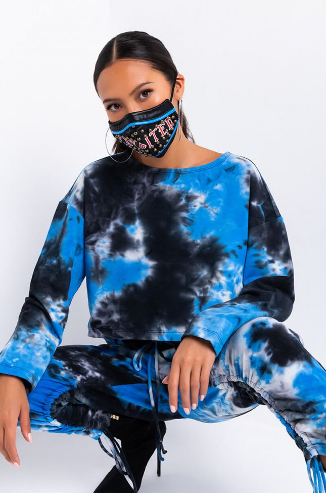 Full View Effortlessly Long Sleeve Casual Crop Sweater in Blue Multi