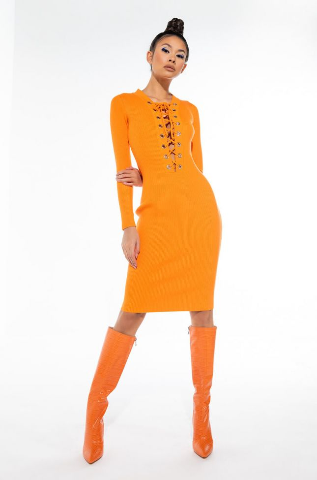 EVERYTHING YOU NEED MIDI DRESS WITH FRONT LACE UP